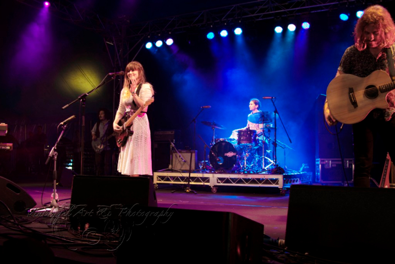 west-coast-blues-roots-day-one-julia-stone-by-maree-king-100-percent-rock-magazine-3